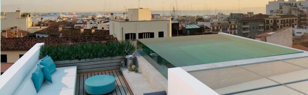 Tico de lujo con amplia terraza piscina y vistas al mar en santa catalina soon mallorca - Atico con piscina ...